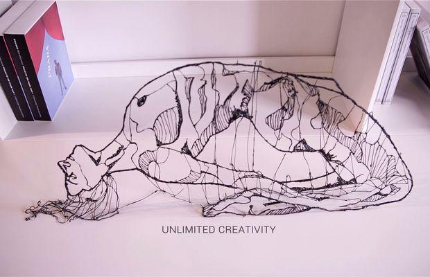 3D ручка рисует в воздухе